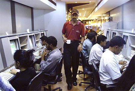 Indian cos stepped up US hiring during recession: CII