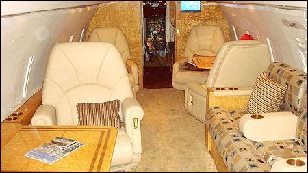 Bombardier Challenger 600 interior.