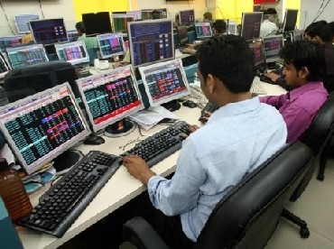 BSE, NSE at war again; brokers gain