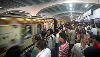 Mamata may not hike rail fare despite fund crunch