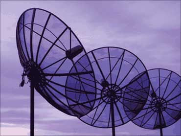 Tata slams RCom as dual tech fracas hots up