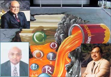 Ashwin Dani (Top), Ashwin Choksi (L) and Abhay Vakil (R).