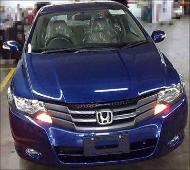 Honda recalls 57,853 City sedans in India!