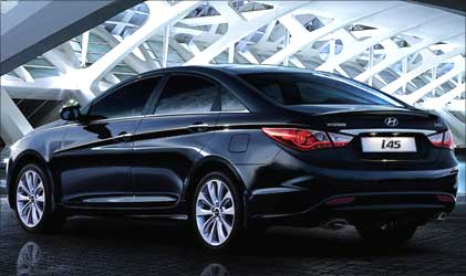 Rear view of Hyundai i45.