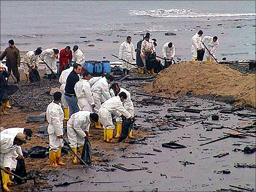 BP lost billions in Gulf oil spill