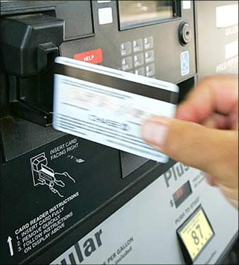 Read this! New rules for using ATMs