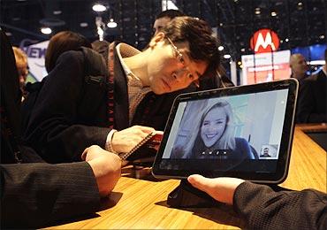 A Motorola Xoom tablet.