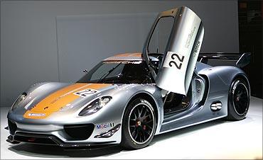 Porsche 918 RSR.