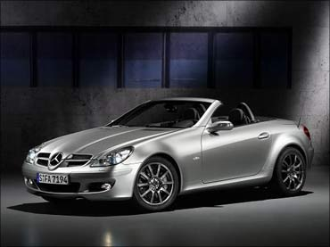 Mercedes SLK set to debut!