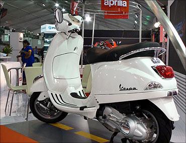 Piaggio Vespa LX125.
