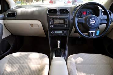 Volkswagen Vento vs Honda City! Which is better?