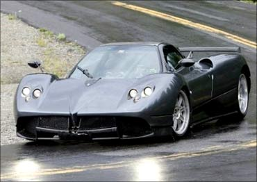 New hypercar from Pagani at $1.5 million!