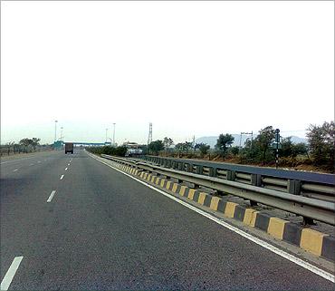 Jaipur-Kishangarh Expressway.