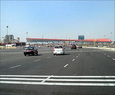 Delhi-Gurgaon Expressway.