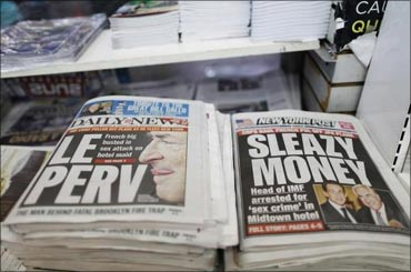 Stories regarding the arrest of Dominique Strauss-Kahn, on the front pages of newspapers.