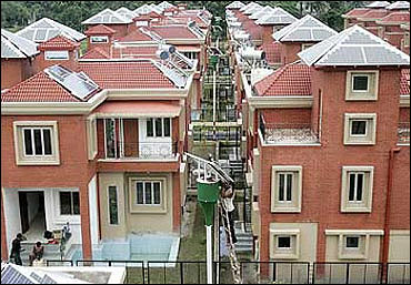SC orders to hit Rs 40,000 cr Greater Noida projects