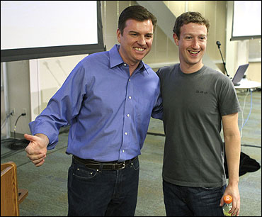 Skype CEO Tony Bates (L) and Facebook CEO Mark Zuckerberg.