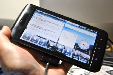 Dell's Streak micro-tablet