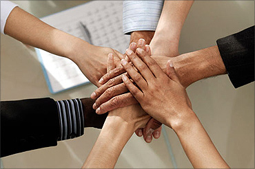 An effective manager provides his team with a clear and compelling purpose.