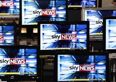 Public ire forces Murdoch to withdraw BSkyB bid