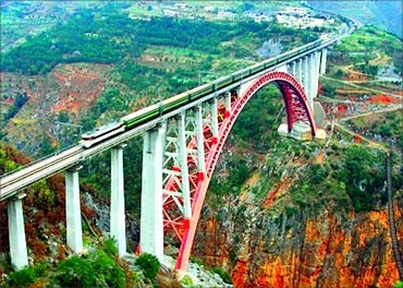 Beipanjiang River Railway Bridge.