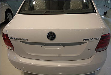 Rear view of Vento.