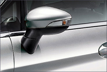 First-in-Class Autofold rear view mirrors.