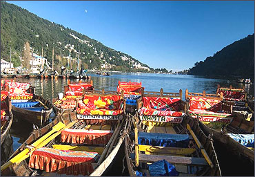 A view of the Nainital lake.