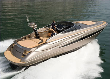 Riva Virtus from Ferretti.