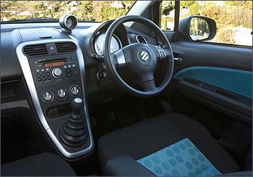 Interior view of Ritz diesel.