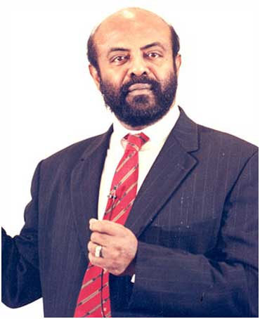 Shiv Nadar's wealth rose in 2011.