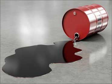 $5-bn unpaid bills: No Iran oil for Indian refineries!