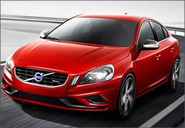 Volvo S60.