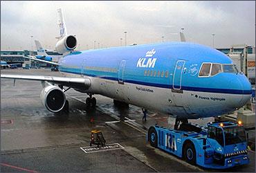 KLM MD-11.