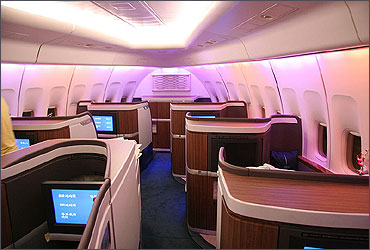 Cathay Pacific New First Class on the Boeing 747-400.