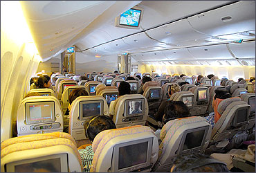 Economy Class on Emirates B777-300ER.
