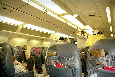 Delta Air Lines 767-300ER BusinessElite cabin with recliner seats.