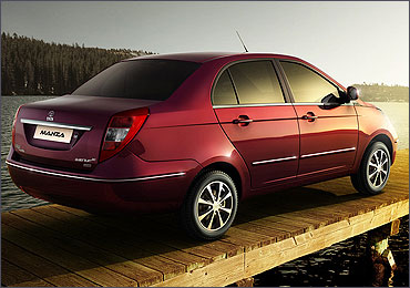 Side rear view of Manza.