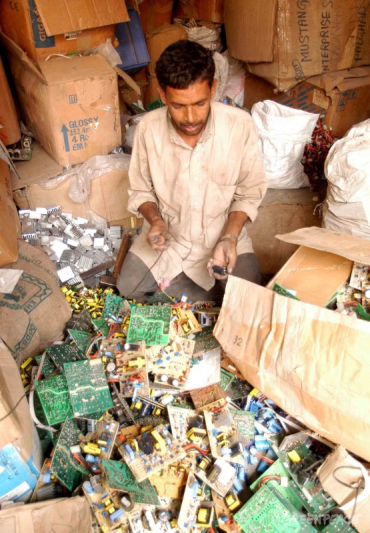 Over 75 per cent of waste tracked reached recycling facilities.