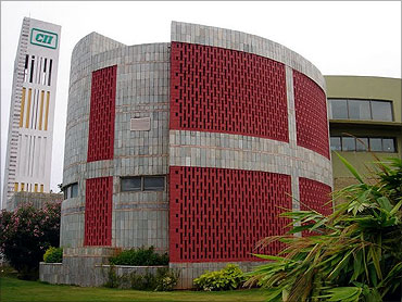 CII-Sohrabji Godrej Green Business Centre.