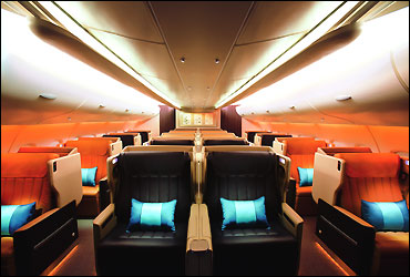 Singapore Airlines' Airbus flight.