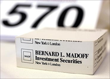 Madoff items' auction fetches $500,000