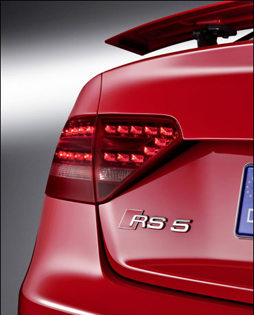 The backlights of RS 5.