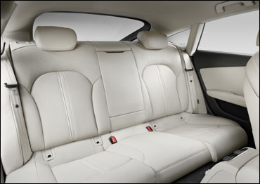 The rear seats of A7.
