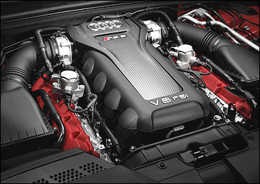 The engine of RS 5.