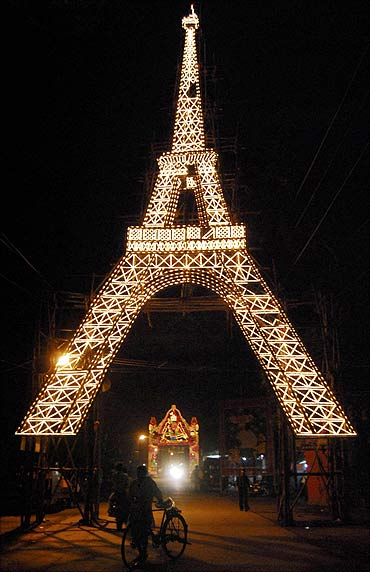 A Durga Puja pandal built in the shape of Eiffel Tower of Paris, in Ranchi.
