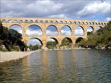 Pont du Gard aqueduct.