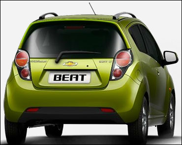 Rear view of Beat.