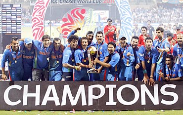 The Indian team that lifted the 2011 ICC World Cup.