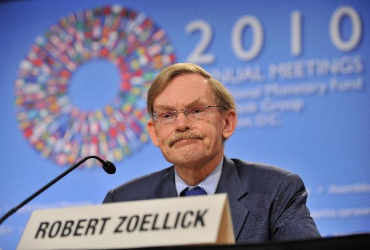 Robert Zoellick is the current president of the World Bank.